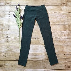 Beyond Yoga Green Spacedye Essential Long Leggings